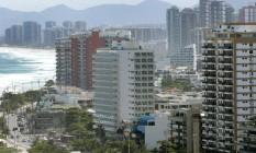 Prédios na Barra: aluguel na cidade é o segundo mais caro do país Foto: Márcio Alves / Agência O Globo