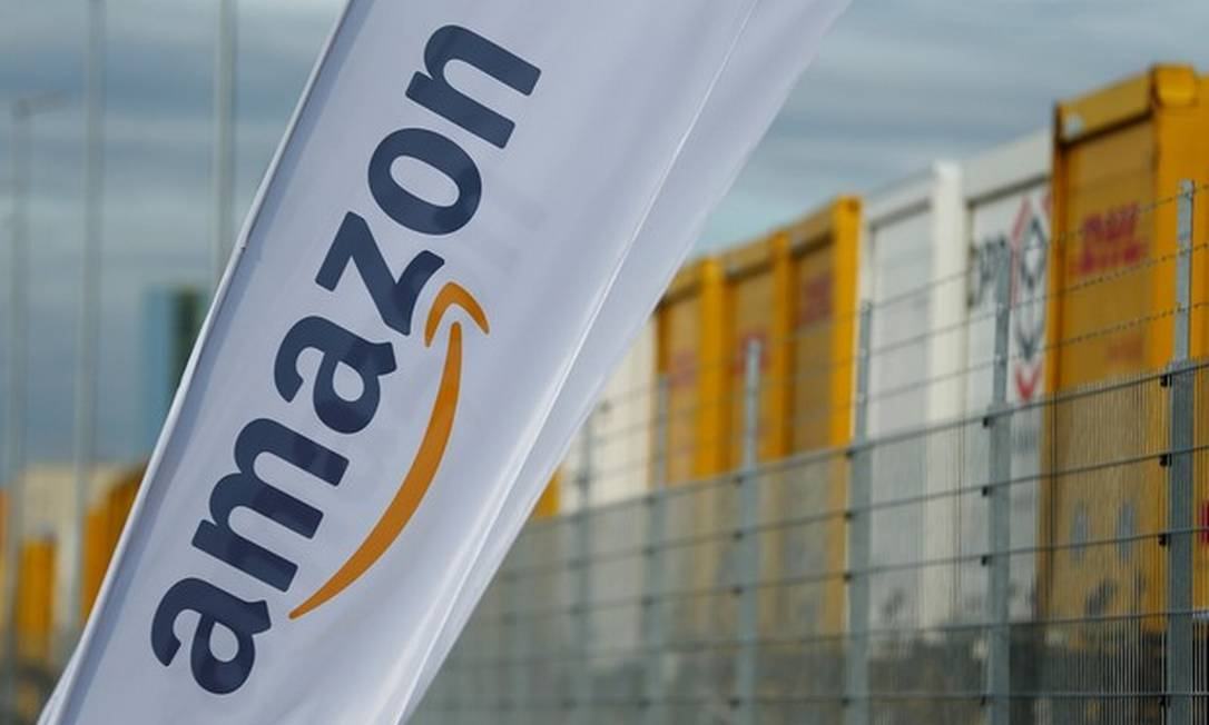 Faixa da Amazon - grupo estaria negociando com o Casino a compra ou parceria com a Via Varejo Foto: Reuters