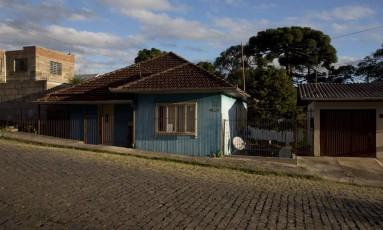 Houve uma redução de 299 mil domicílios em apartamentos e aumento de 869 mil em casas, em relação a 2016 Foto: Michel Filho / Agência O Globo