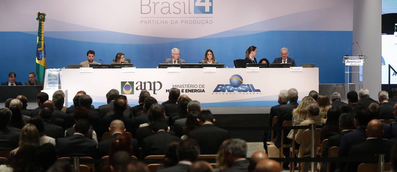 Salão onde foi realizado a 4º Rodada de leilão do petróleo, em hotel na Barra da Tijuca, no Rio. Foto: Marcio Alves / Agência O Globo