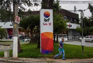Logomarca da BRF em fábrica em São Paulo. Foto: Bloomberg News