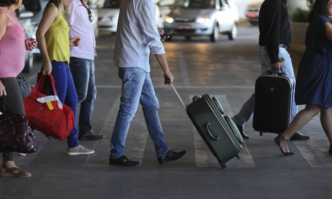 Despacho de bagagem em aeroportos Foto: André Coelho / Agência O Globo