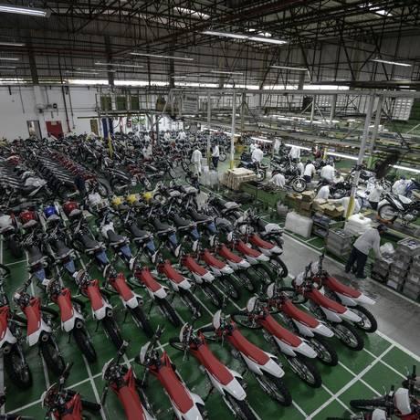 Fábrica de motocicletas em Manaus Foto: Paulo Fridman / Bloomberg News