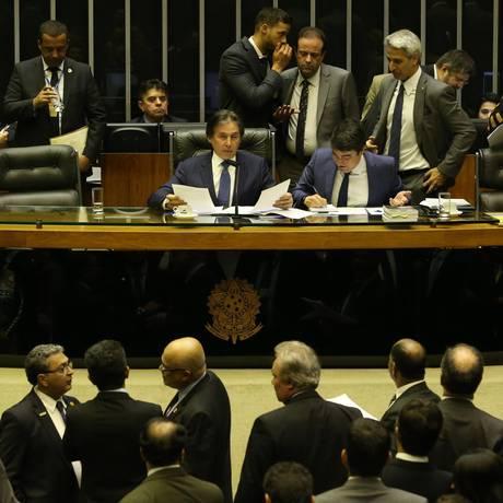 Sessão do Congresso Nacional vota texto base da LDO de 2019 Foto: Ailton de Freitas / Agência O Globo