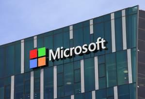 Microsoft Foto: Logo da Microsoft em fachada de prédio