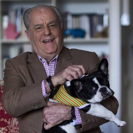 Roberto Teixeira da Costa, autor do livro 'Valeu a Pena!' Foto: Edilson Dantas / Agência O Globo