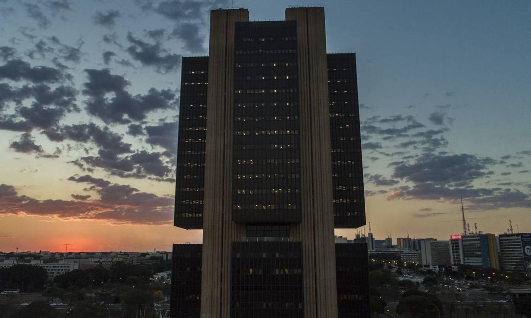 Dívida saltou de 57,15% do Produto Interno Bruto (PIB) para 77,42%. Foto: Daniel Marenco / Agência O Globo