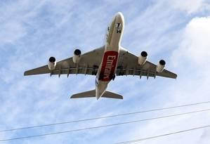 Avião de passageiros operado pela Emirates Foto: Chris Ratcliffe / Bloomberg