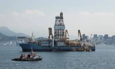 Plataforma de Petróleo na Baia de Guanabara Foto: Brenno Carvalho / Agência O Globo