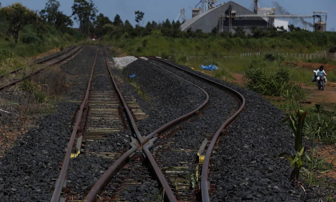 Na foto, a estação General Curado na ferrovia Norte-Sul, trecho em Anápolis, Goiás, nos planos do governo para privatização. Foto: Michel Filho / Agência O Globo