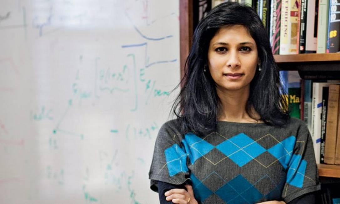 Gita Gopinath é eleita economista-chefe do FMI Foto: Kelvin Ma / Bloomberg News