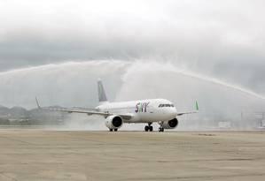 O voo inaugural da Sky Airline chegando ao aeroporto do Galeão, no Rio de Janeiro Foto: Divulgação / Divulgação