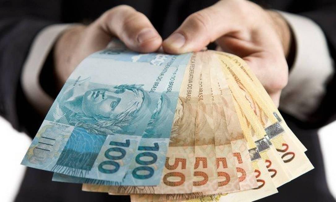 Governo estuda corrigir salário mínimo somente pela inflação a partir de 2020 Foto: REPRODUÇÃO