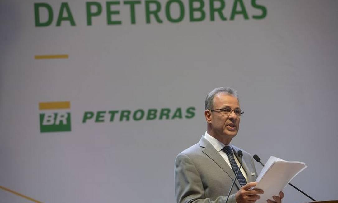 Ministro de Minas e Energia, almirante Bento Albuquerque, discursa na posse do novo presidente da Petrobras Foto: Agência Brasil