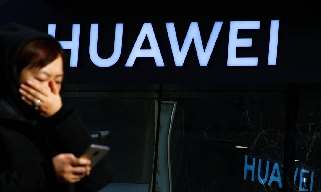 Logo da Huawei Foto: Thomas Peter / REUTERS