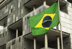 Fachada da sede da Petrobras, no Rio de Janeiro Foto: Guito Moreto/6-11-2018 / Agência O Globo