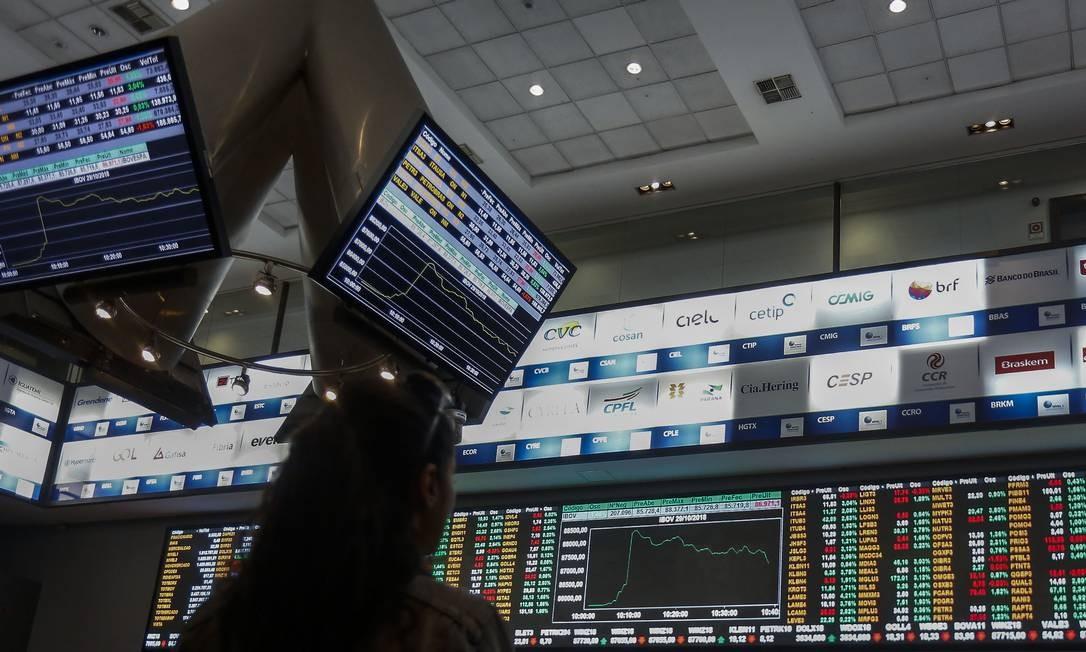 Foto de painel de negociação na B3 Foto: MIGUEL SCHINCARIOL / Agência O Globo