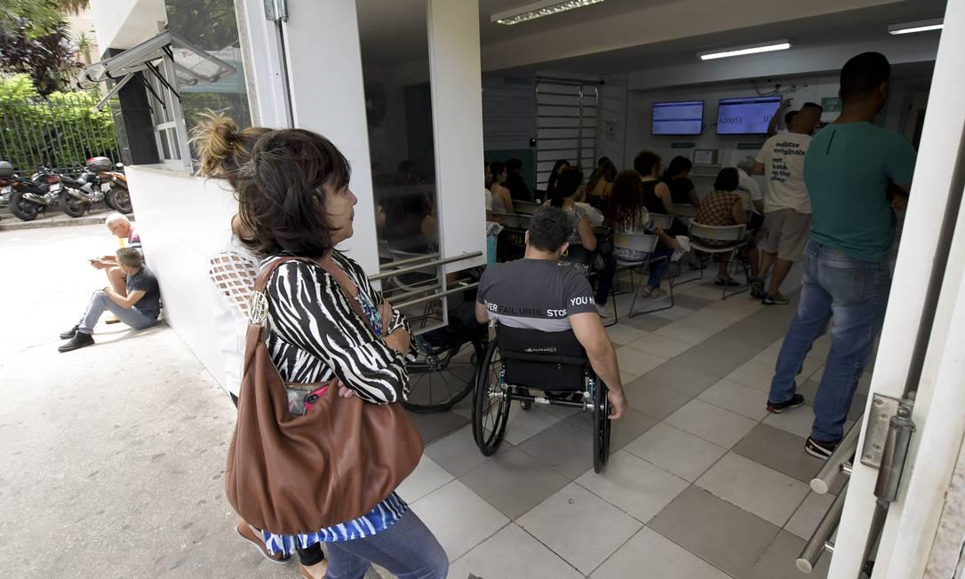 Atendimento em hospital público de Belo Horizonte Foto: Washington Alves/Light Press / Agência O Globo