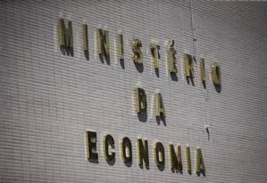 Fachada do Ministério da Economia, em Brasília Foto: Daniel Marenco / Agência O Globo