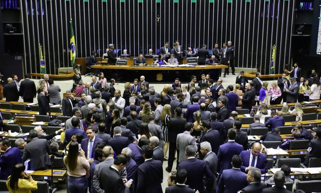 Sessão na Câmara dos Deputados Foto: Luis Macedo / Agência O Globo