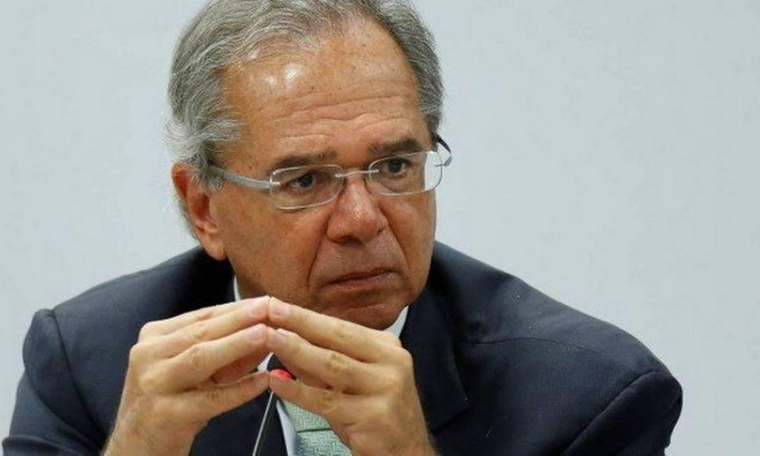 O ministro da Economia, Paulo Guedes, recebeu parlamentares nesta terça-feira Foto: ADRIANO MACHADO / REUTERS
