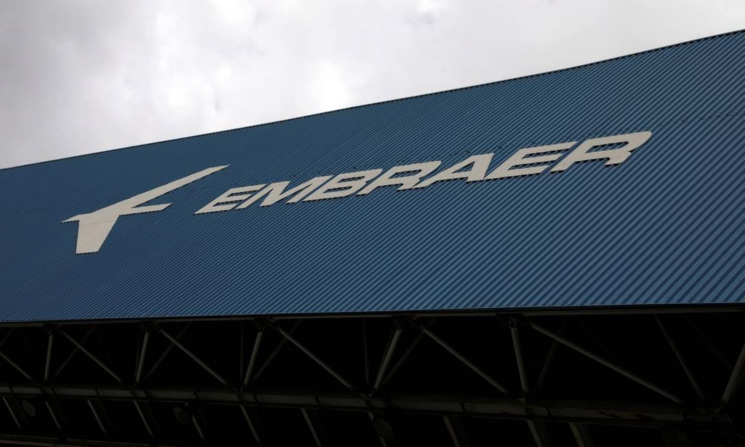 Fábrica da Embraer em São José dos Campos, São Paulo Foto: PAULO WHITAKER / Agência O Globo