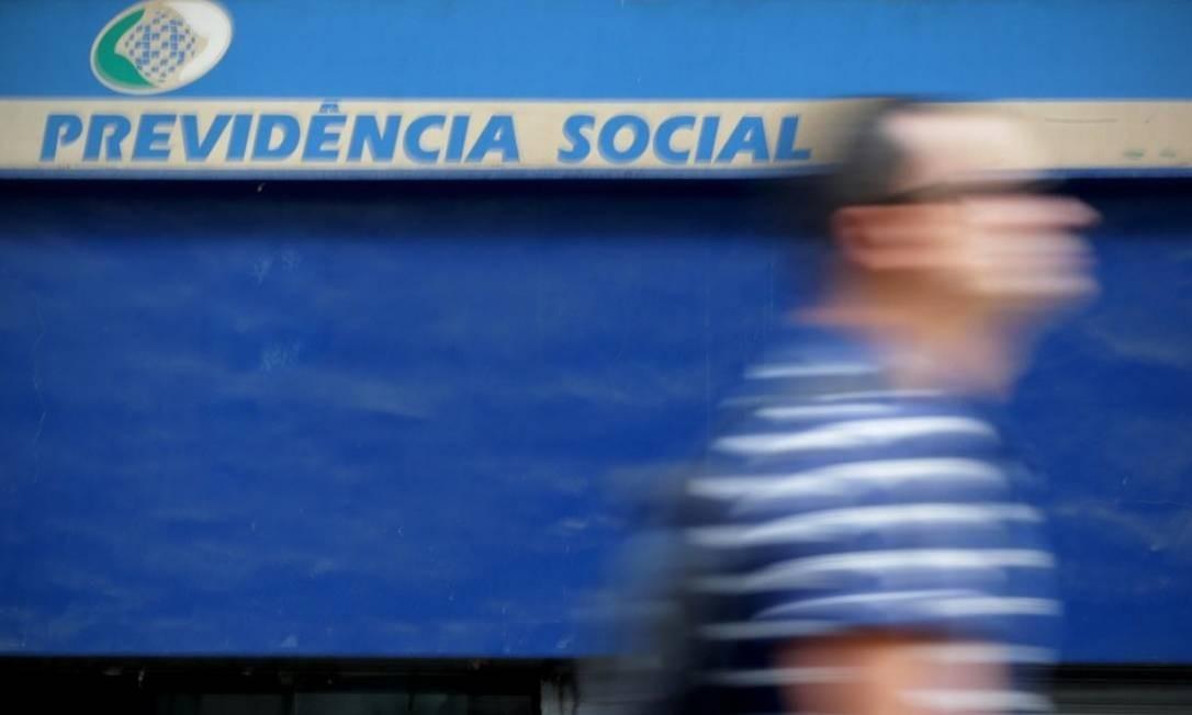 Gastos do governo com a Previdência aumentaram 134% em termos nominais desde 2009 Foto: Márcio Alves - Agência O Globo