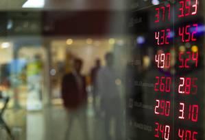 Dolar e Euro respondem a movimento econômico do exterior Foto: Leo Martins / Agência O Globo