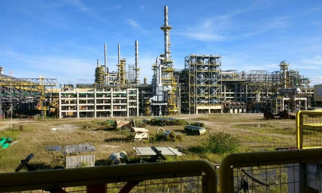 Comperj, em Itaboraí, é uma das unidades ameaçadas pelo desemprego Foto: Reprodução