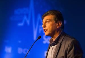 Claudio Lottenberg, presidente do grupo controlador da Amil Foto: Mônica Imbuzeiro / Agência O Globo
