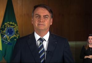Bolsonaro em pronunciamenro em cadeira de rádio e TV no Dia do Trabalho Foto: Agência Brasil