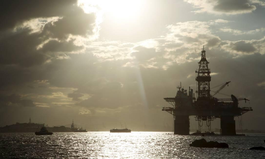 Plataforma de petróleo Foto: Fábio Guimarães / Agência O Globo