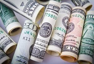 Notas de dólar: moeda americana Foto: Pixabay
