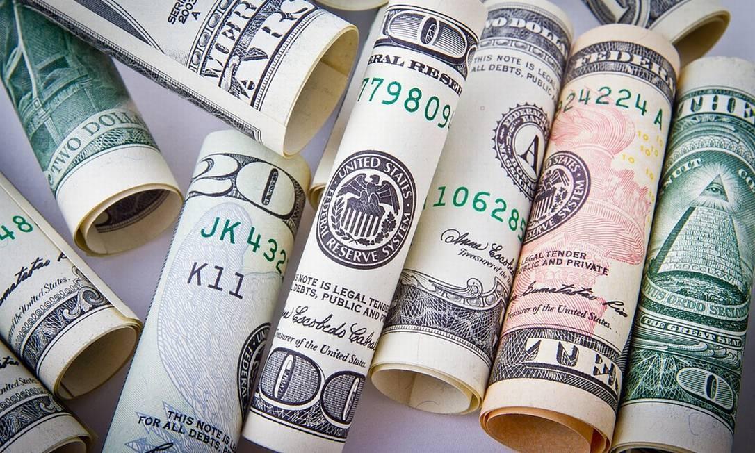 Notas de dólar: moeda americana cai no Brasil, com expectativa de votação da reforma da Previdência Foto: Pixabay
