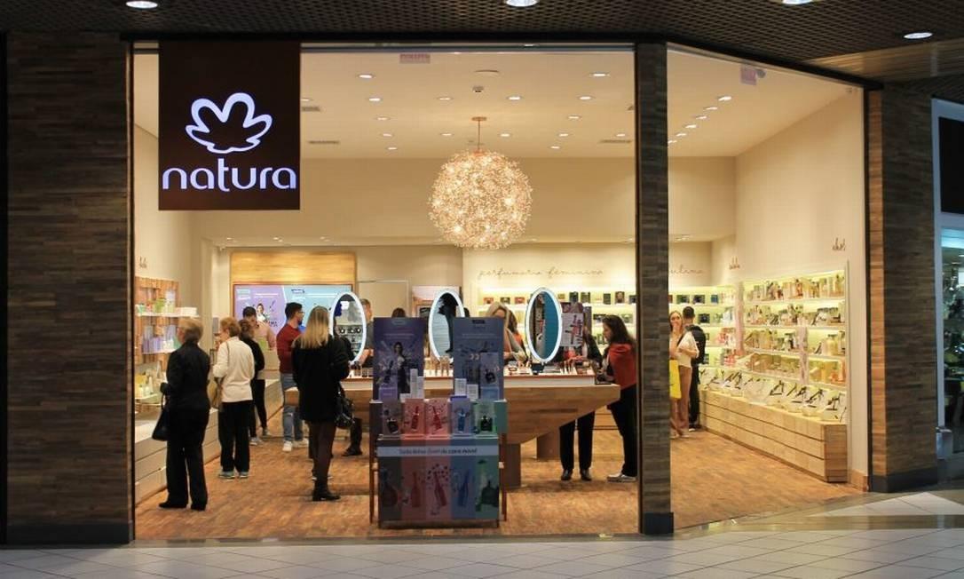 d266debb5 Compra da Avon pela Natura garante à empresa a liderança global em ...