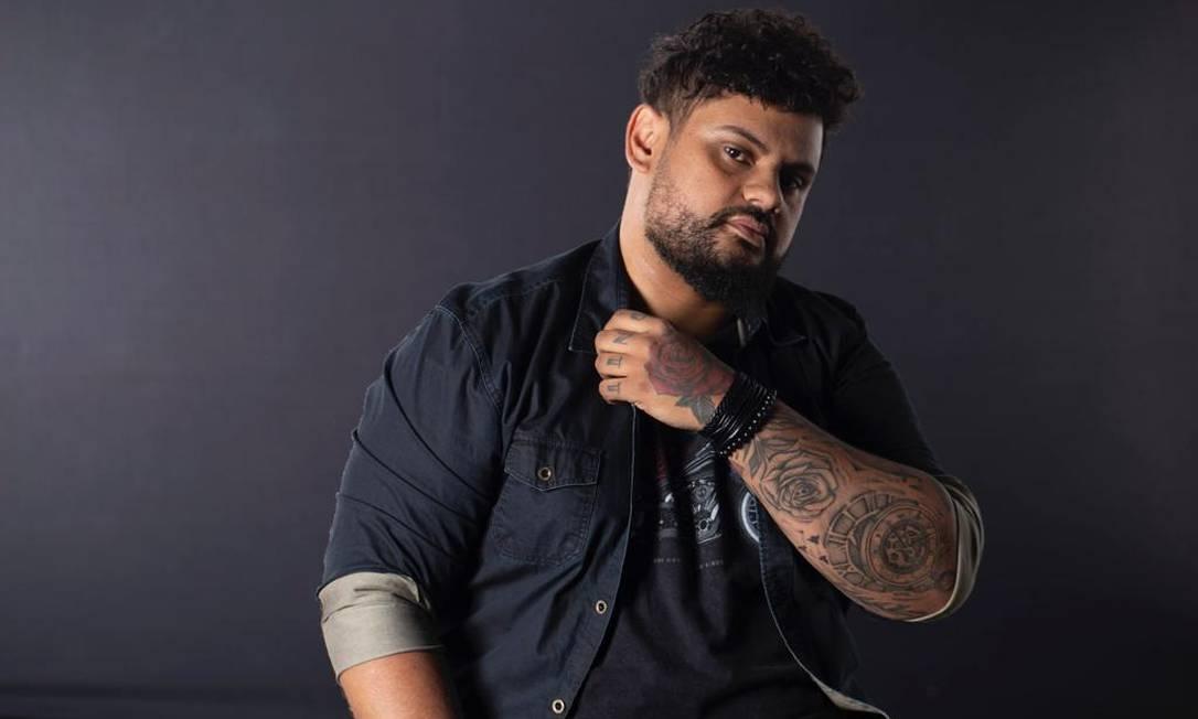Bruno Dantte, cabeleireiro carioca especializado em cabelos ondulados, cacheados e crespos Foto: Divulgação / Divulgação