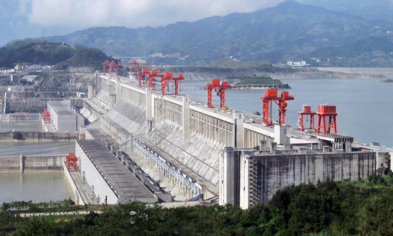 1ª - Hidrelétrica de Três Gargantas. Construída no Rio Yang-tsé, tem capacidade de 22.500 MW Foto: Reprodução