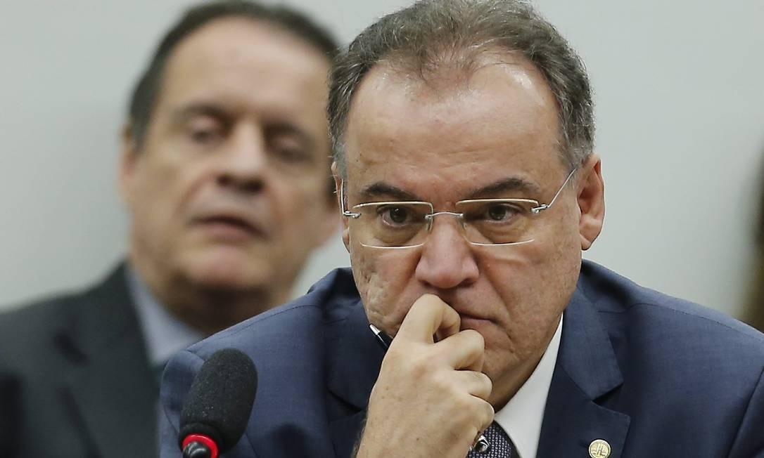 Deputado Samuel Moreira (PSDB-SP), durante a Comissão Especial da Reforma da Previdência Foto: Jorge William / Agência O Globo