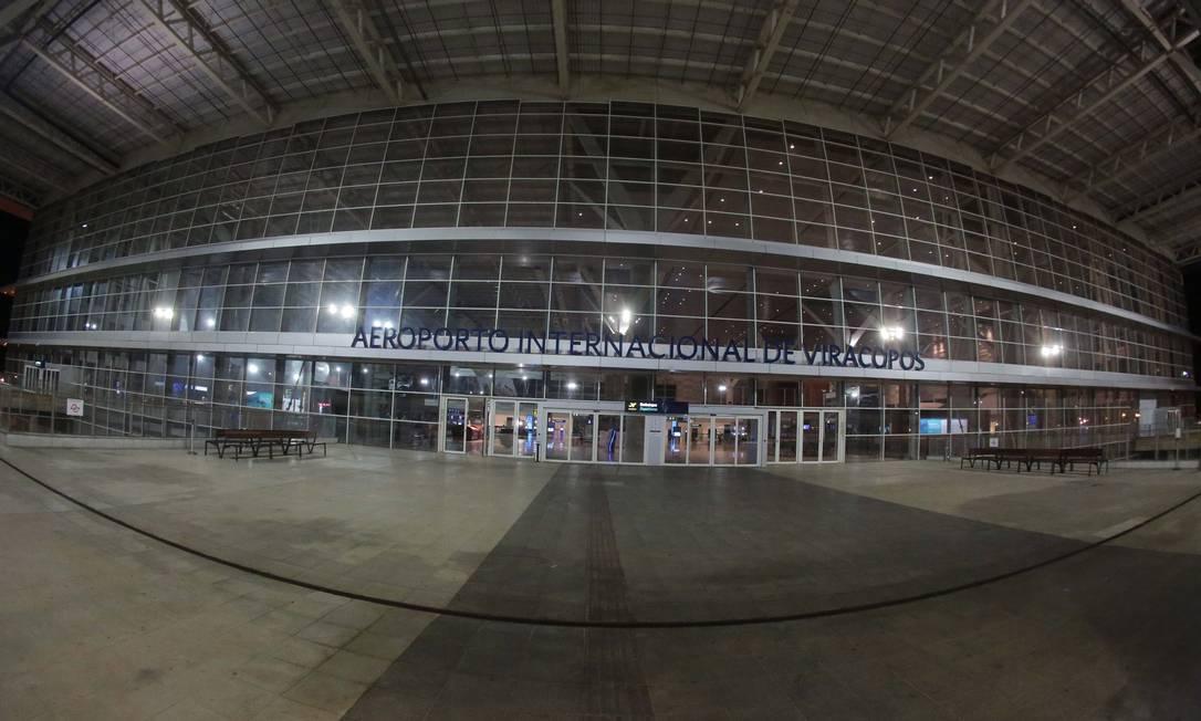 Fachada do Aeroporto de Viracopos, em Campinas (SP) Foto: Denny Cesare / Agência O Globo