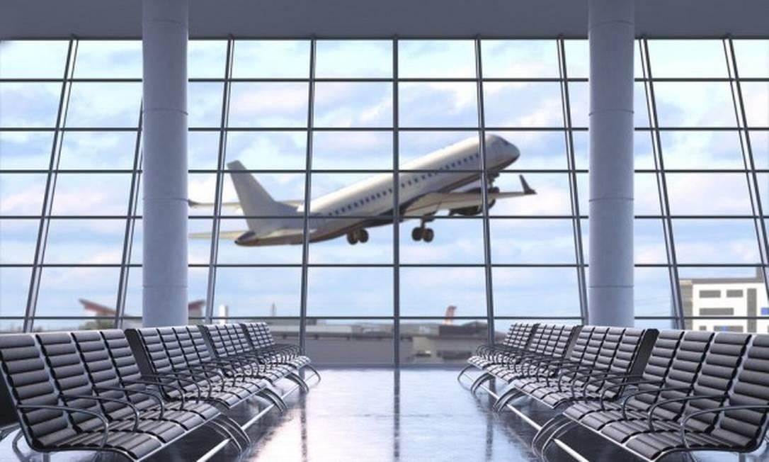 Avião decolando visto do terminal do aeroporto Foto: Reprodução