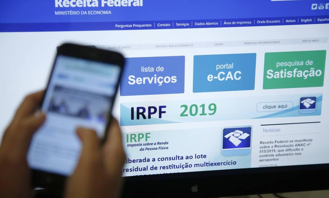 IRPF 2019 - Declaração do Imposto de Renda Pessoa Física 2019 Foto: Thiago Freitas / Agência O Globo