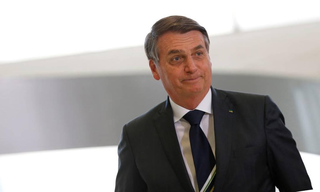 Resultado de imagem para Bolsonaro pede privatização de ao menos uma estatal 'pequeninha' por semana