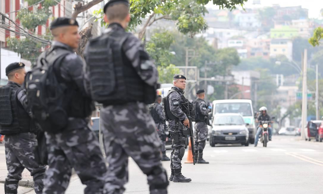 Rodrigo Maia instala comissão que analisará a previdência dos militares Foto: Márcia Foletto / Agência O Globo