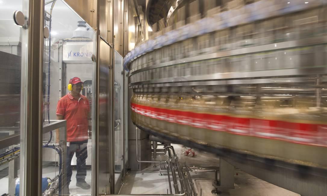 Taxação de refrigerantes pode acréscimo de R$ 2,4 bilhões ao PIB, diz estudo Foto: Márcia Foletto / Agência O Globo