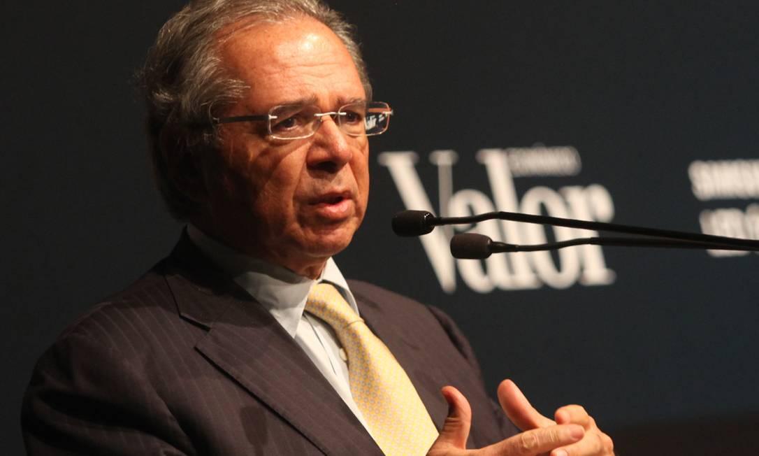 Ministro Paulo Guedes faz palestra durante entrega do Anuário Valor 1000, em São Paulo Foto: Leonardo Rodrigues / Agência O Globo