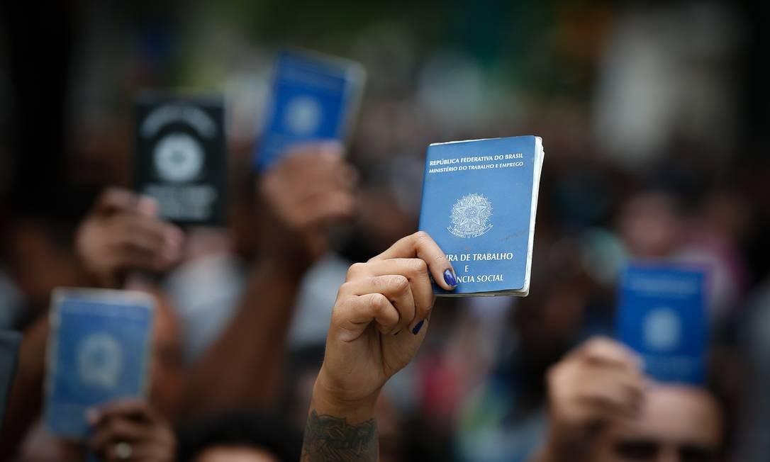 Taxação do seguro-desemprego foi anunciado pelo governo Foto: Pablo Jacob / Agência O Globo