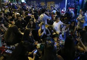 Em boa parte de bares e restaurantes da cidade, apesar da lei, a comanda individualizada por cliente ainda não é oferecida Foto: Fabio Gonçalves/16-9-2018 / Agência O Globo