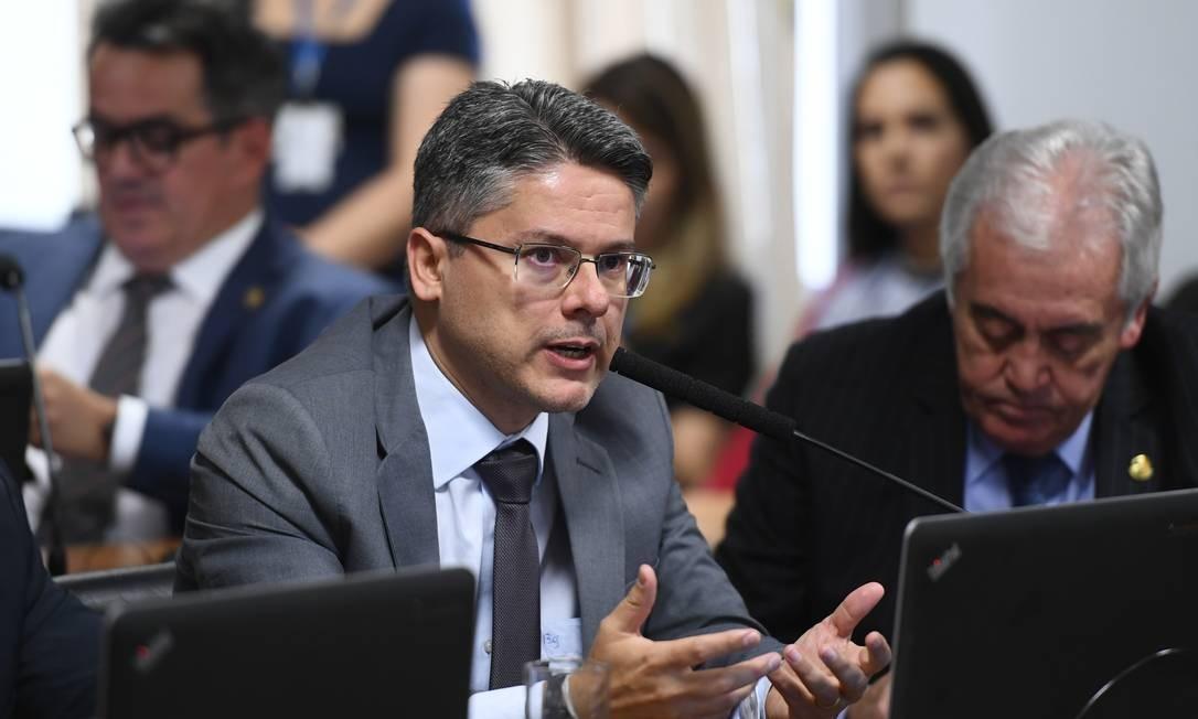 O senador Alessandro Vieira (Cidadania-SE) pediu vista do projeto Foto: Marcos Oliveira / Marcos Oliveira/Agência Senado