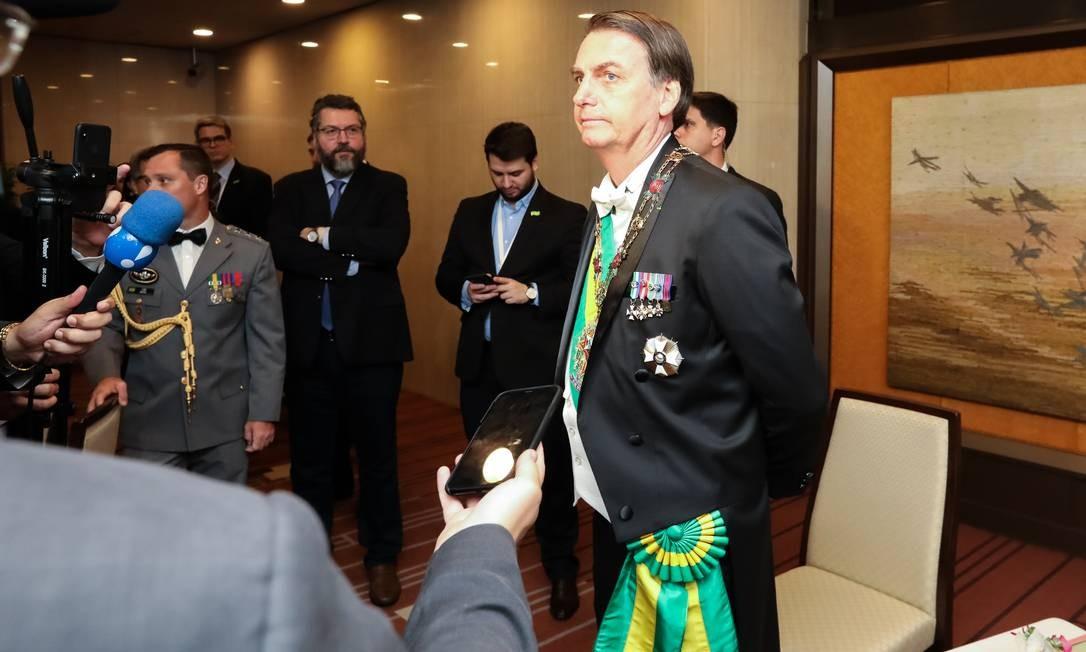 Presidente da República, Jair Bolsonaro conversa com a Imprensa em Tóquio Foto: Agência O Globo
