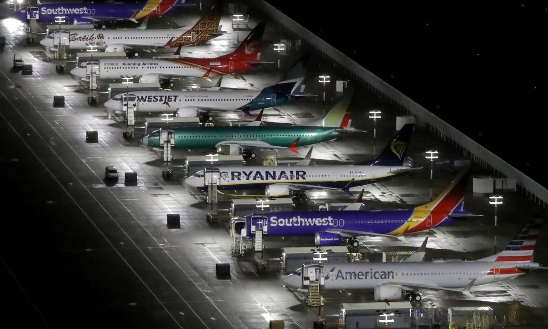 Na foto, aviões Boeing 737 Max de várias companhias aéreas estacionados em Seattle, Washington Foto: Gary He / REUTERS